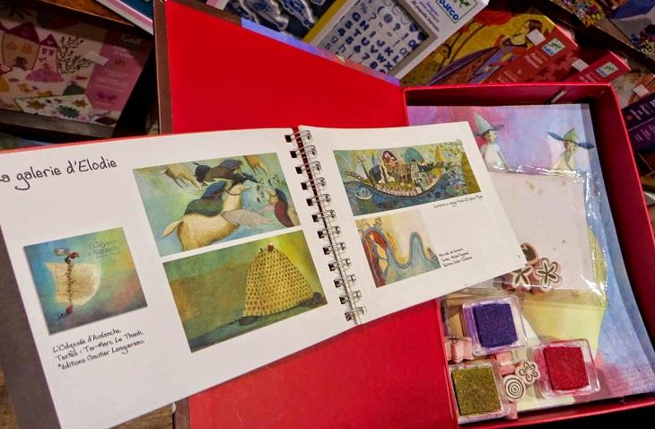 Детские книги и наборы для творчества