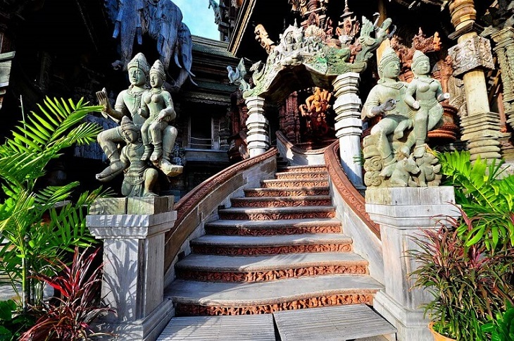 Храм Истины в Паттайе в Таиланде