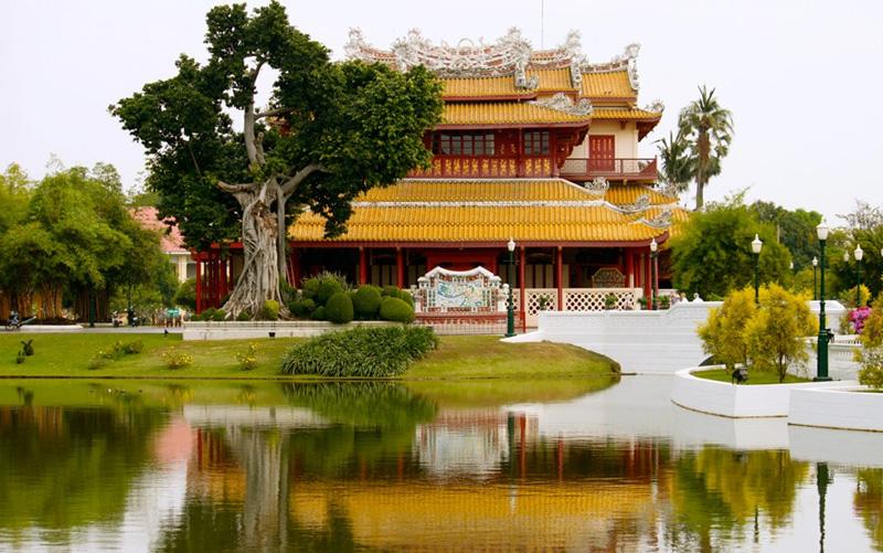 Королевская резиденция Бан Па Инь