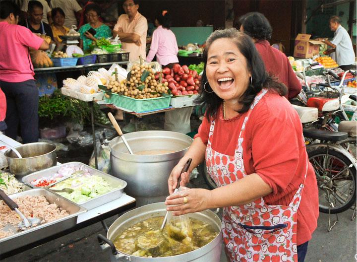 Макашницы, уличная еда в Таиланде