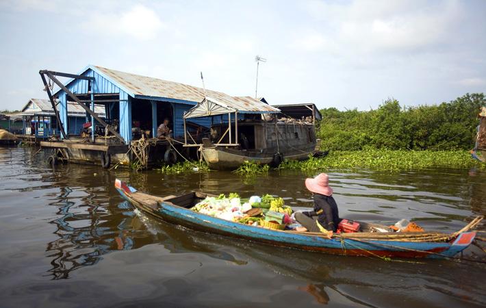 Озеро Томле Сап — вьетнамская деревня в Камбодже