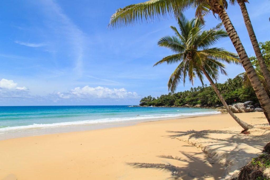 пляж Сурин пхукет таиланд
