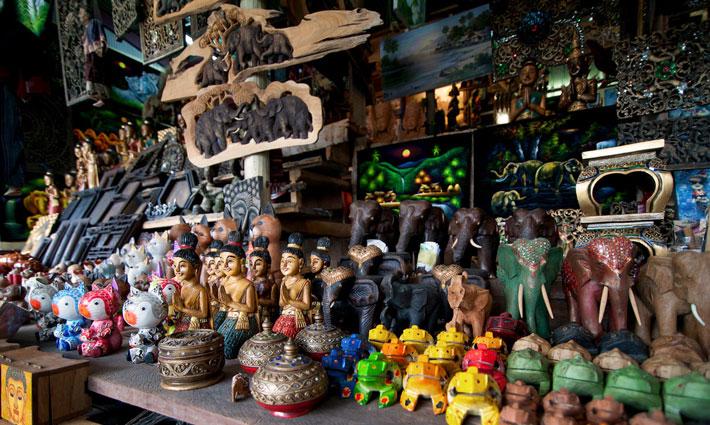 Сувениры из дерева и кокоса