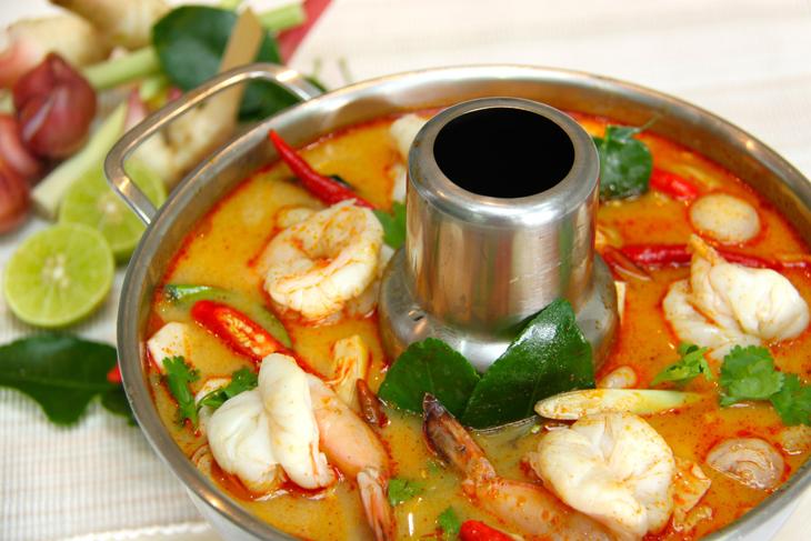 Том Ям Кунг — острый суп с креветками
