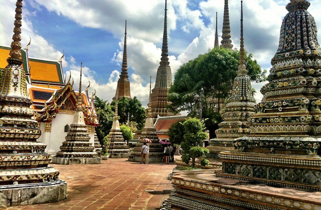 Храмовый комплекс Ват Пхо в Таиланде