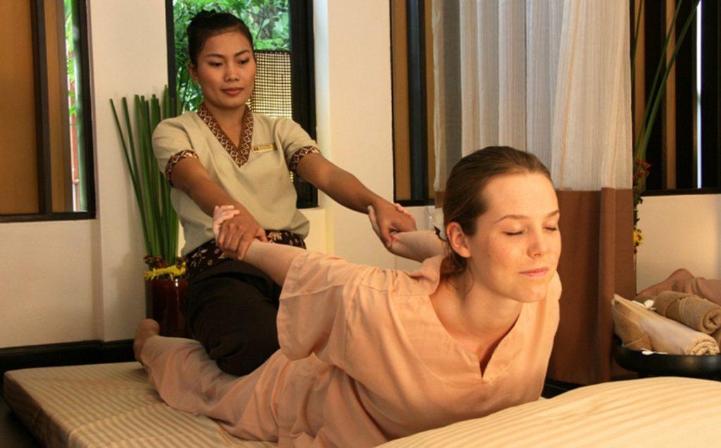 Тайский традиционный массаж тела (Thai Yoga Massage)