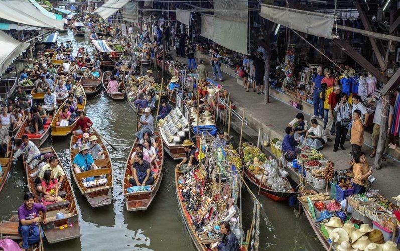 Водный рынок в Бангкоке