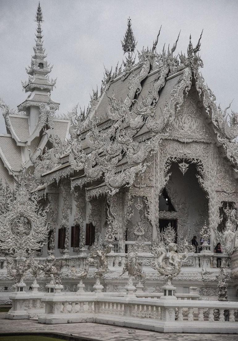 Белый храм в Таиланде - рай и ад